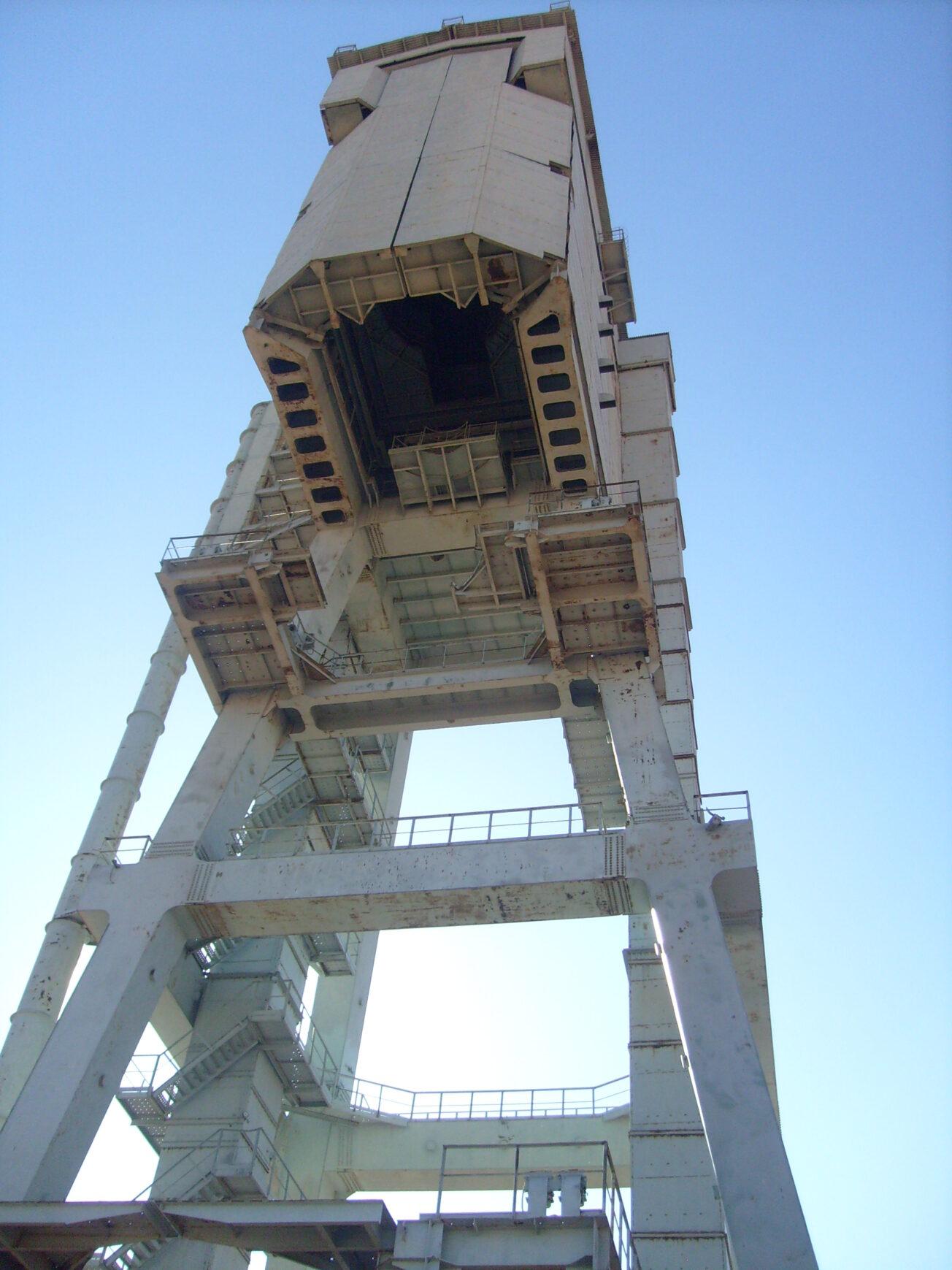 космодром башня обслуживания