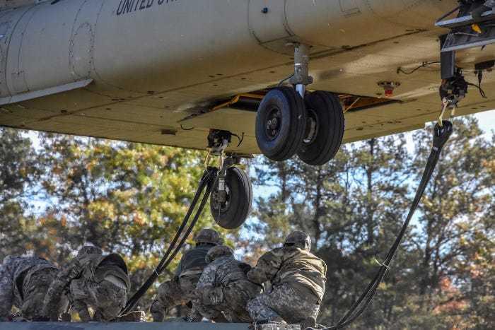 внешняя подвеска вертолета чинук