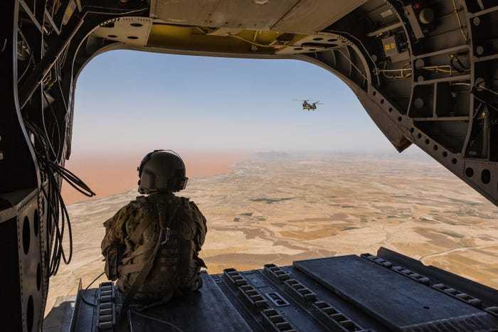 вид из вертолета чинук
